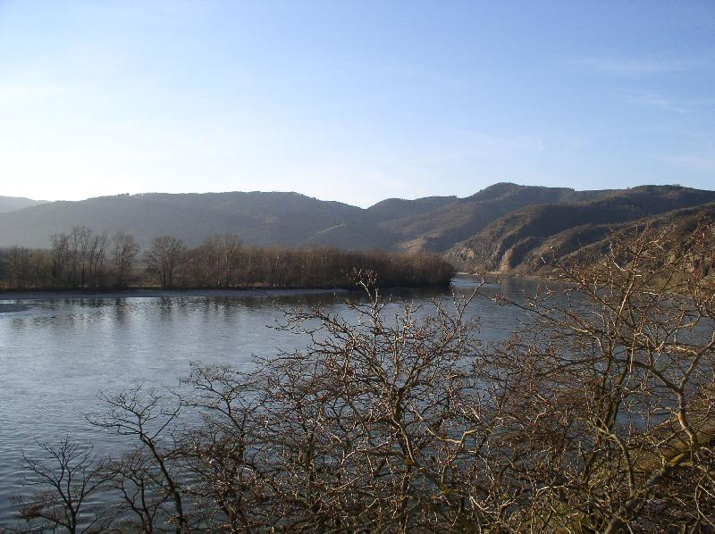 Быстротечный Дунай